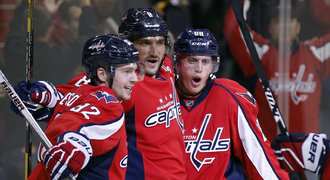 Poslední zápasovou přípravu na NHL ozářil dvěma góly Ovečkin