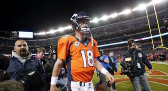 Legendární Manning překonal rekord, ale skončil na střídačce