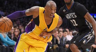 Bryant 38 body zastavil bídnou sérii basketbalistů Lakers