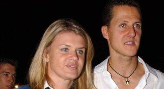 Manažerka překvapila na Schumacherově výstavě: Snad přijde i Michael!