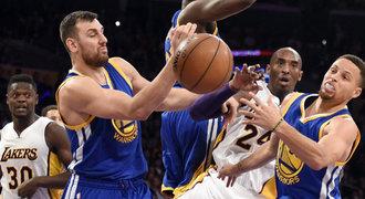 Překvapení v NBA. Lakers překvapivě vyřídili Golden State