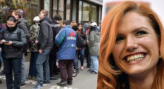 Šílenství kolem Soukalové! Pro její podpis přišly dva tisíce lidí
