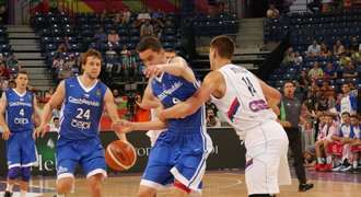 Sen se rozplynul. Basketbalisté padli se Srbskem a do Ria nepojedou