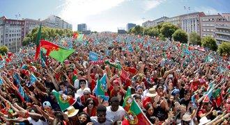Mistři Evropy jsou doma. Portugalce vítaly desetisíce fanoušků
