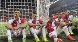Slavia - Anderlecht 0:3. Domácím se sen o pohárech vzdálil