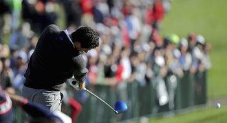 Vyhecovaný Ryder Cup: Američané hrají o fanoušky, v sázce je pověst golfu