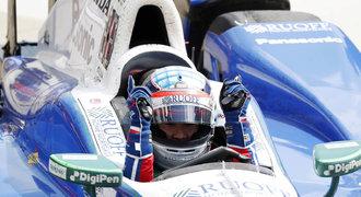 Rasistický útok na japonského vítěze slavného motoristického závodu v Americe