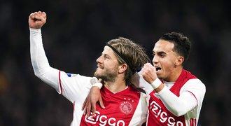 Dohra incidentu talenta Nouriho. Ajax propustil lékaře, který pochybyl