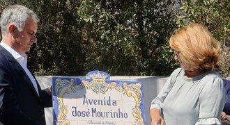 """Po Mourinhovi doma pojmenovali ulici. Tady neřeší sr**ky se """"Special One"""", řekl kouč"""