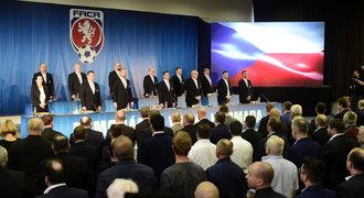 Surkis z UEFA je první soupeř Malíka. Musí přesvědčit Moravu a dojít k dohodě