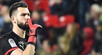 Koubek zářil proti Lyonu. Nahrál na gól, sudí proti němu nenařídil penaltu