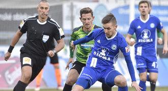 ZLATÁ PÍŠŤALKA: Královec pískal penaltu správně, měla být v Olomouci
