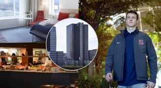 Jak bydlí Češi na MS: luxusní hotel s lesem i obřím solárním panelem