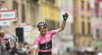 Yates si do kopce vysprintoval druhý triumf a na Giru navýšil vedení