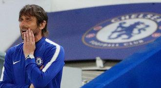 Hotovo! Chelsea definitivně odvolala Conteho. Nahradí ho Sarri z Neapole