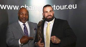 Ze zákulisí Tysonovy návštěvy: fotky stály až 10 tisíc a Vémolovy dojmy