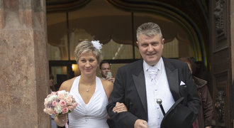 Utajená svatba tenisového šéfa před finále Fed Cupu. Koho si vzal boss Kaderka?