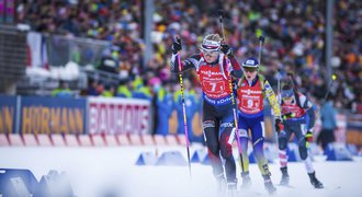 Biatlonistky bronz neobhájily, ve štafetě skončily deváté