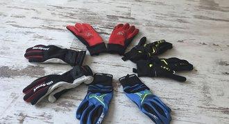 TEST: Jak správně vybrat rukavice na běžky? Ukážeme, které jsou TOP
