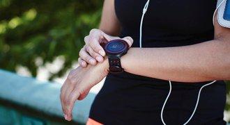 Nejnovější trendy chytrých hodinek: samonabíjení i měření EKG