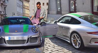 Tenista Berdych si udělal radost! Manželku Ester vozí v superfáru za 7,4 milionu