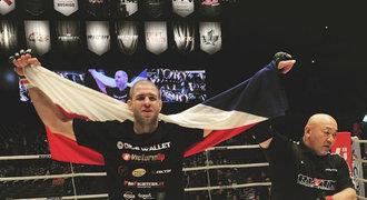 Šampion Rizinu Procházka: UFC? S těmi na vrcholu bych obstál