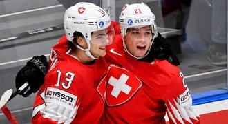 SOUHRN MS: Švýcarsko je nadále stoprocentní. Itálie nemá bod ani gól