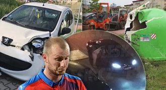 Jakou škodu způsobil muž, co prchl z Krmenčíkova auta! A co hrozí jemu i manželce?