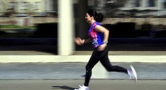 Běžecké tempo pro začátečníky. Jak trefit rychlost a nepadnout vyčerpáním?