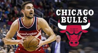 Satoranský si polepšil. V Chicagu ho čeká král smečí a nejtvrdší kouč NBA