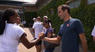 15letá vyřadila 30letou! Za zázračnou dívenkou přišel také Federer