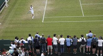 Ital šokoval Wimbledon. Měla by tu vybuchnout bomba, vztekal se