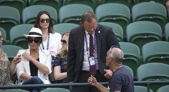 Nefoťte u Meghan, žádala ochranka na Wimbledonu. Dětinské, zní z Anglie