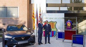 Fotbalisté FC Barcelona budou mít nové vozy od automobilky CUPRA
