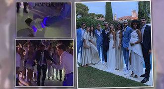 Svatební mejdan roku! Z tenistů šly dámy do kolen. Goffin ukázal lachtana!