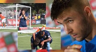 Nejsmutnější gól! Fotbalista dojal fanoušky. Místo oslavy se rozplakal!