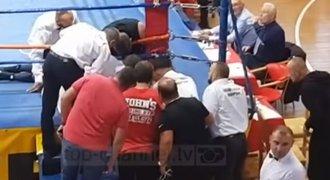"""Smrt v ringu: """"Mrtvý"""" boxer napsal, že žije. Kdo při zápase opravdu zemřel?!"""