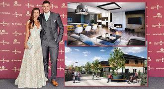 Hokejový milionář Hertl si staví luxusní dům. Tady bude bydlet se sexy Anetou!