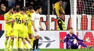 Real zachránil jen bod a Barcelonu nepřeskočil, Vaclík se Sevillou padl