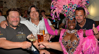 """Novotného """"50""""! Legendy Sparty, taneček s Brazilkou i speciální host"""