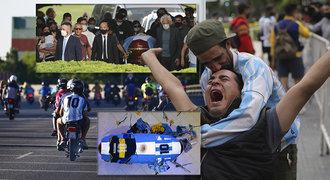Šílené scény u rakve s Maradonou. Potyčky, ucpaná dálnice a zavřený hřbitov
