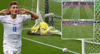 Ten gól byl SCHICK! Česká trefa z půlky oslnila svět, reagoval Lineker
