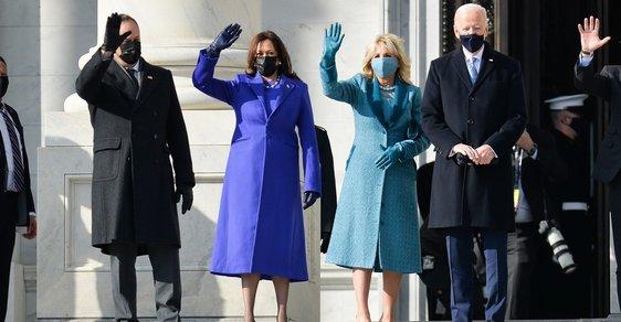 Kabáty jako symbol změny: Na které návrháře vsadily Jill Biden a Kamala Harris?