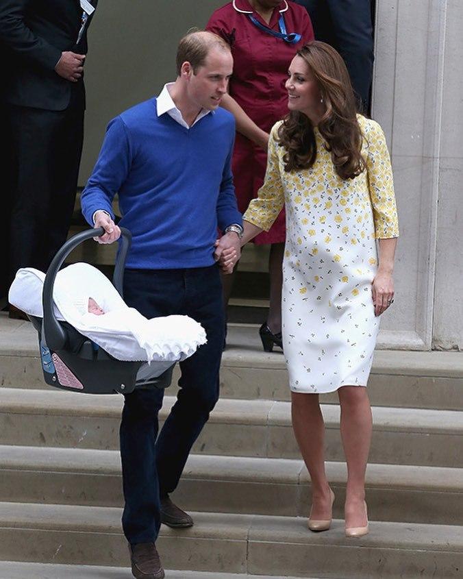 Královský pár s princeznou Charlotte v roce 2015