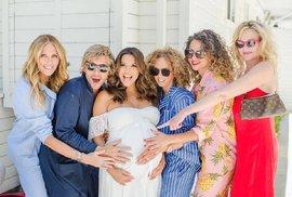 Slavné maminky roku 2018: Která z nich porodí každým dnem?