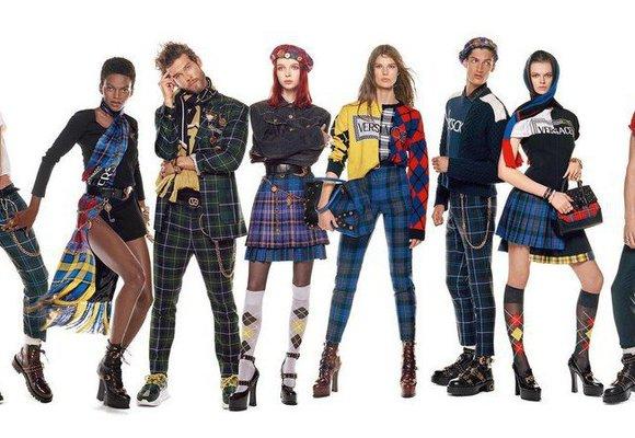V kampani Versace pózuje 54 modelek a modelů. Je mezi nimi i Slovák