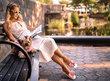 K šatům i k džínám: Nejkrásnější pantofle na cupitání po městě