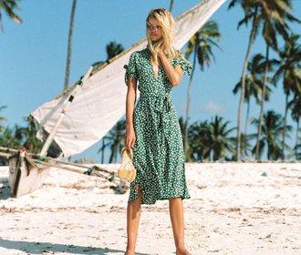 4 trendy šaty, které letos nakupují všechny stylové módní ikony