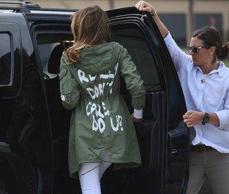 Módní faux pas Melanie Trump: Co chtěla první dáma říct svým kabátem?