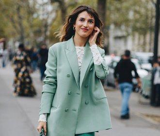 Divný odstín, do kterého se letos zamilují všechny módní ikony